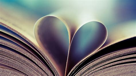 hearts on books books hearts wallpaper 2560x1440 54776 wallpaperup