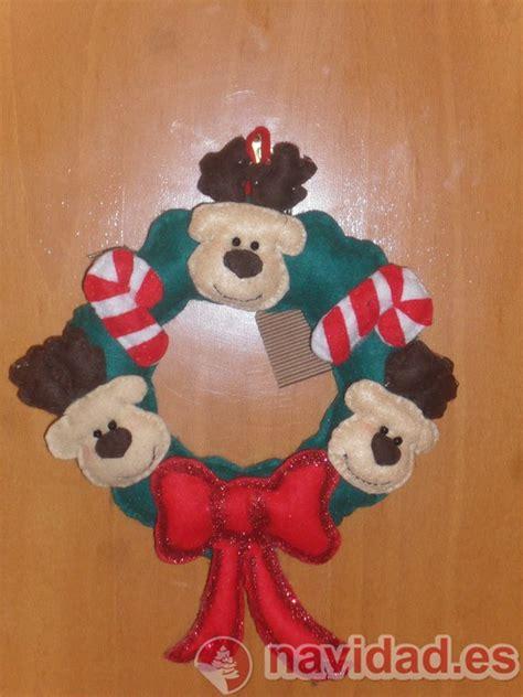 imagenes de coronas navideñas para hacer con niños adornos navideos para la puerta adornos de navidad