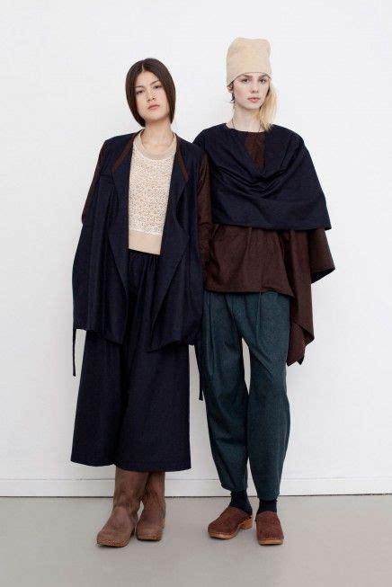 Diana Cape Black fatma jacket diana cape on left with black
