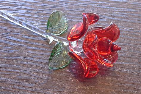 rose in glass red rose gift of glass 1a trafalgar rd tenby sa70 7dw