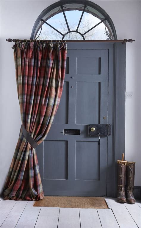 Front Door Curtain Rail Best 25 Door Curtains Ideas On Door Window Covering Front Door Curtains And Slider