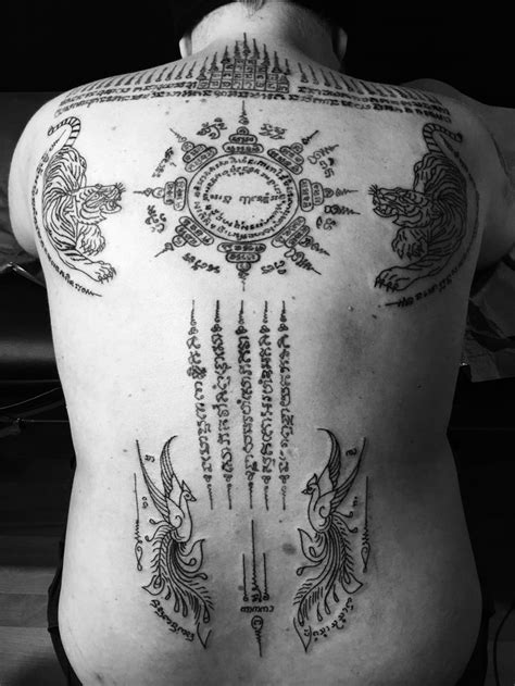 tatouage f 233 erique d 233 best sak yant tatouage bouddha protection