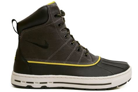 nike winter boots nike s woodside acg winter boot shoes boots other