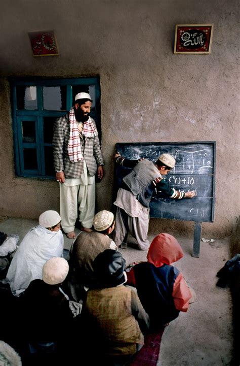 libro steve mccurry afghanistan fo 17 mejores im 225 genes sobre escuelas del mundo en nelson mandela sri lanka y etiop 237 a