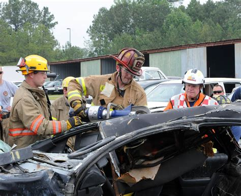 firefighters gain extrication skills at estc 06 02 2011 news archives cccc central