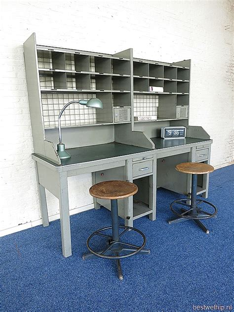 vintage stalen postsorteerkast bureau industrieel post