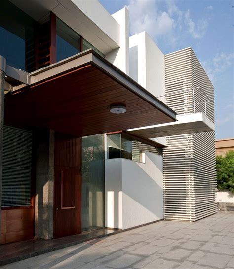 home design exles poona house sodoben dom z brezhibno in elegantno