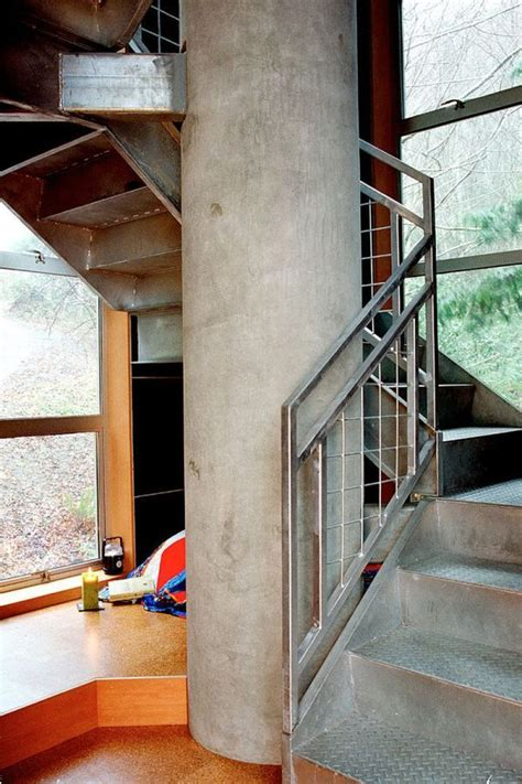 drawbridge style stairs lift up to secure treehouse retreat 31 best tiny house images on pinterest small houses
