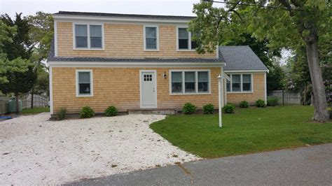 Cape Cod Windows Inspiration Harwich Vacation Rental Home In Cape Cod Ma 02646 100 Yards To Bank Id 25795