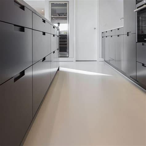 resina per pavimenti prezzo prezzi pavimenti in resina pavimentazioni prezzi