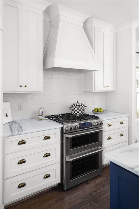 shaker style kitchen cabinet painted in benjamin moore craftsman new construction design home bunch interior