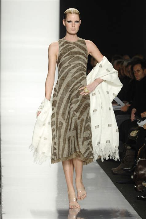 New York Fashion Week Coverage Fall 2007 Carolina Herrera by Chado Ralph Rucci Fall 2007 Runway Pictures Livingly