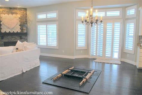 great clean    family room design