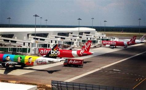 emirates klia or klia2 lotniska w kuala lumpur klia i klia2 subang zu in