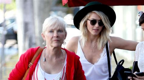 mari anne hough julianne mother julianne hough has lunch date with mom mari anne