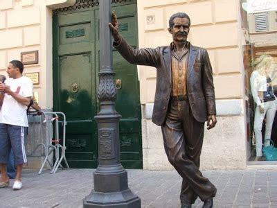 agrigentoflash porto empedocle porto empedocle scoperta la statua commissario montalbano