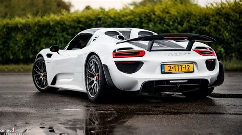 porsche 918 spyder wallpaper porsche 918 spyder black wallpaper