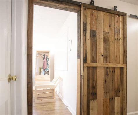 Sliding Barn Door Parts Pallet Sliding Barn Doors 5 Steps