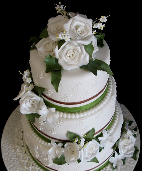 3 tier wedding cake images sugarcraft by soni three tier wedding cake roses and leaves