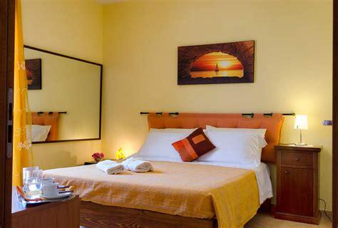 da letto gialla stunning da letto gialla photos house design