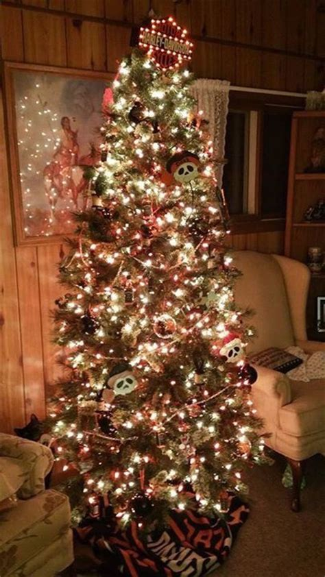 harley davidson christmas tree skirt pin by tallada on harley davidson w skulls and taz trees harley