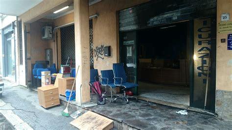 ufficio aci roma aprilia atto incendiario nella notte a fuoco la sede aci