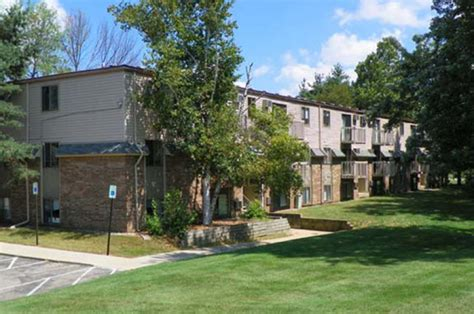 Evergreen Apartments Kalamazoo Michigan Apartments For Rent Evergreen South Senior Apartments