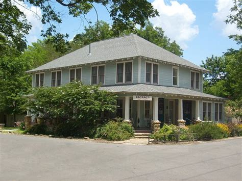 wildflower bed and breakfast wildflower bed and breakfast on the square updated 2017