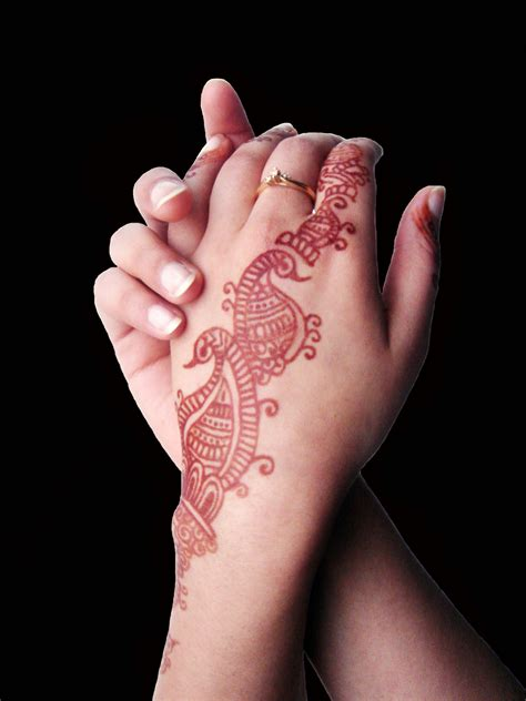 Henna Tattoo Take Off | how to remove a henna tattoo guide and dyi