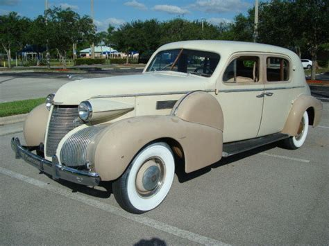 who made cadillac cadillac 1939 series 75 style 7539 fleetwood town