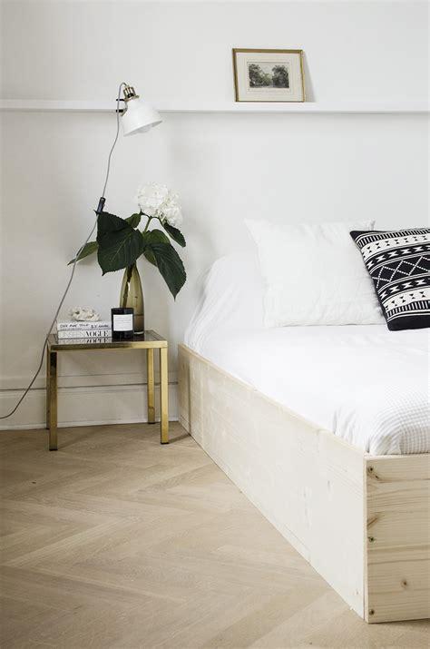 diy minimal bedframe