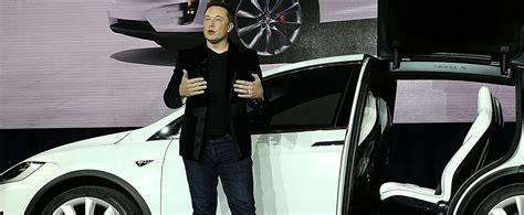 Is Apple Going To Buy Tesla There S A Major Problem With The Idea That Apple Should