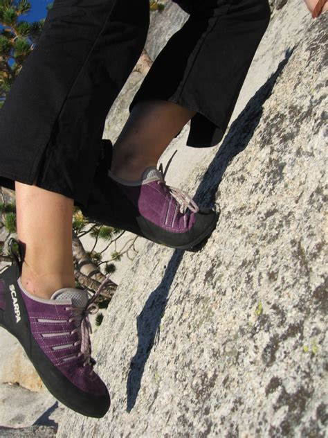 how to choose a climbing shoe how to choose the best climbing shoes for