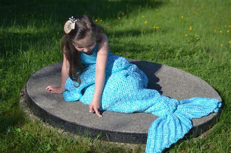 Meerjungfrauen Decke Anleitung Stricken by Aquaria Meerjungfrau Decke In 12 Gr 246 223 En H 228 Keln