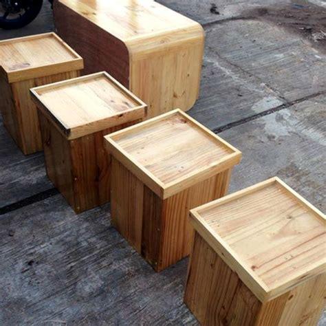 ide kreatif membuat rak buku dari kardus ragam kerajinan ide kreatif kerajinan dari limbah kayu palet jati belanda