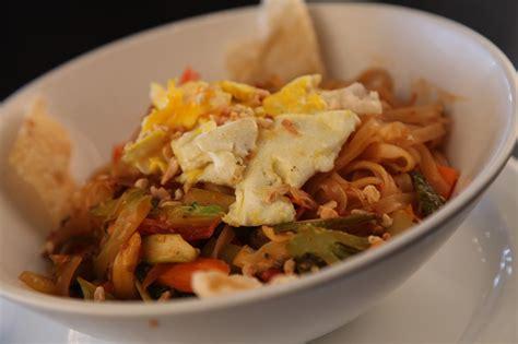 Best Thai Food Kitchener by Cambridge Ontario Restaurant Photos Symposium Cafe