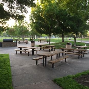 tables in central park san ramon central park 155 photos 78 reviews parks