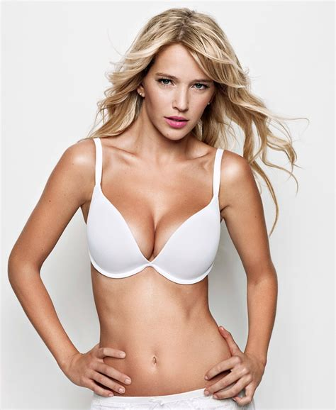 imagenes hot luisana lopilato luisana lopilato argentinian models latin models the