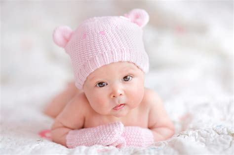 baby s baby s in a basket hd photos elsoar