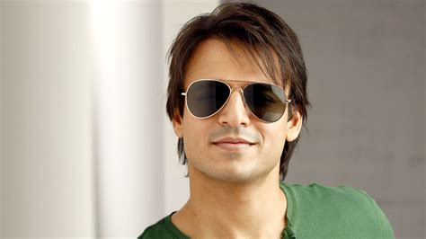 Vivek Oberoi Contact Address, Phone Number, Email ID ...