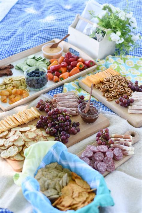 image gallery picnic food