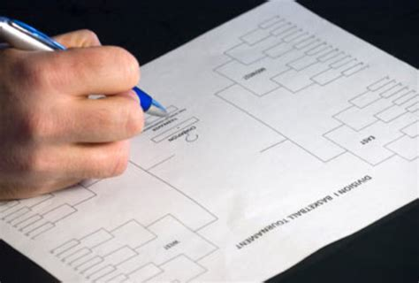 march madness friendly tips to fill out your ncaa tournament bracket march madness 2012 mistakes to avoid when filling out