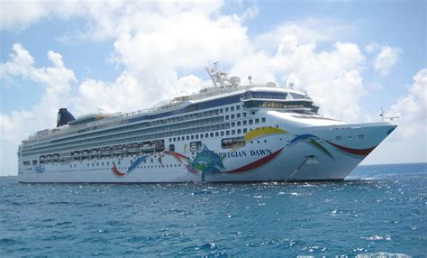 norwegian cruise weekend how is canada even comparable passengers fume as