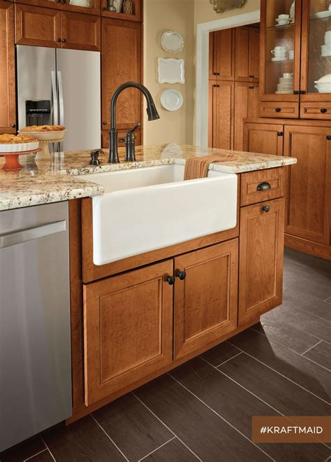 who makes kraftmaid cabinets 11 best the kitchen she waited a long time for images on