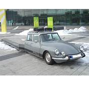 Citroen DS Tissier 000 1970 Frontright 2010 03 13 U
