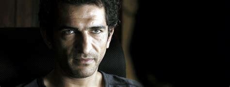 film geostorm cast egypt s biggest international star amr waked joins dean