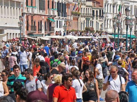 comune di venezia imposta di soggiorno venezia tassa di soggiorno stangata airbnb un milione