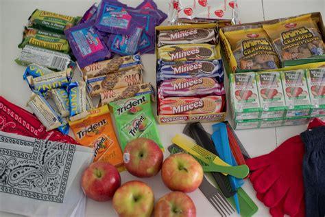 Hers Bingkisan Ulang Tahun Goodie Bag Ulang Tahun domestic fashionista snack bags for the homeless
