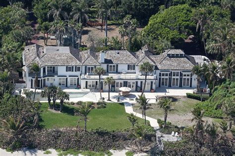 tiger woods house tiger woods ex wife elin nordegren demolishes 12