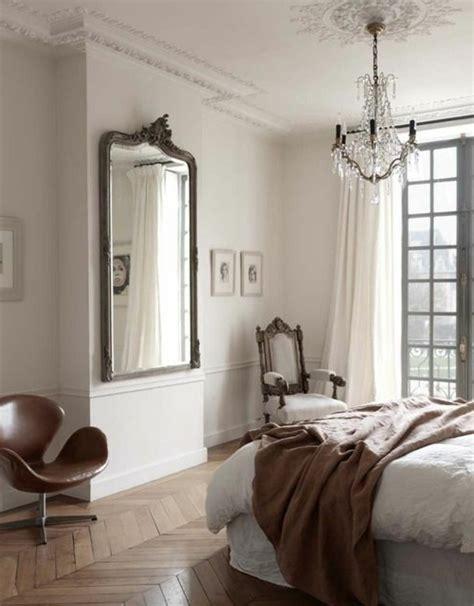 miroir dans la chambre comment d 233 corer avec le grand miroir ancien id 233 es en